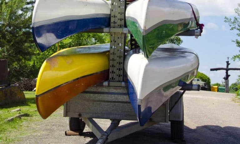 Secure the kayaks' bow and stern